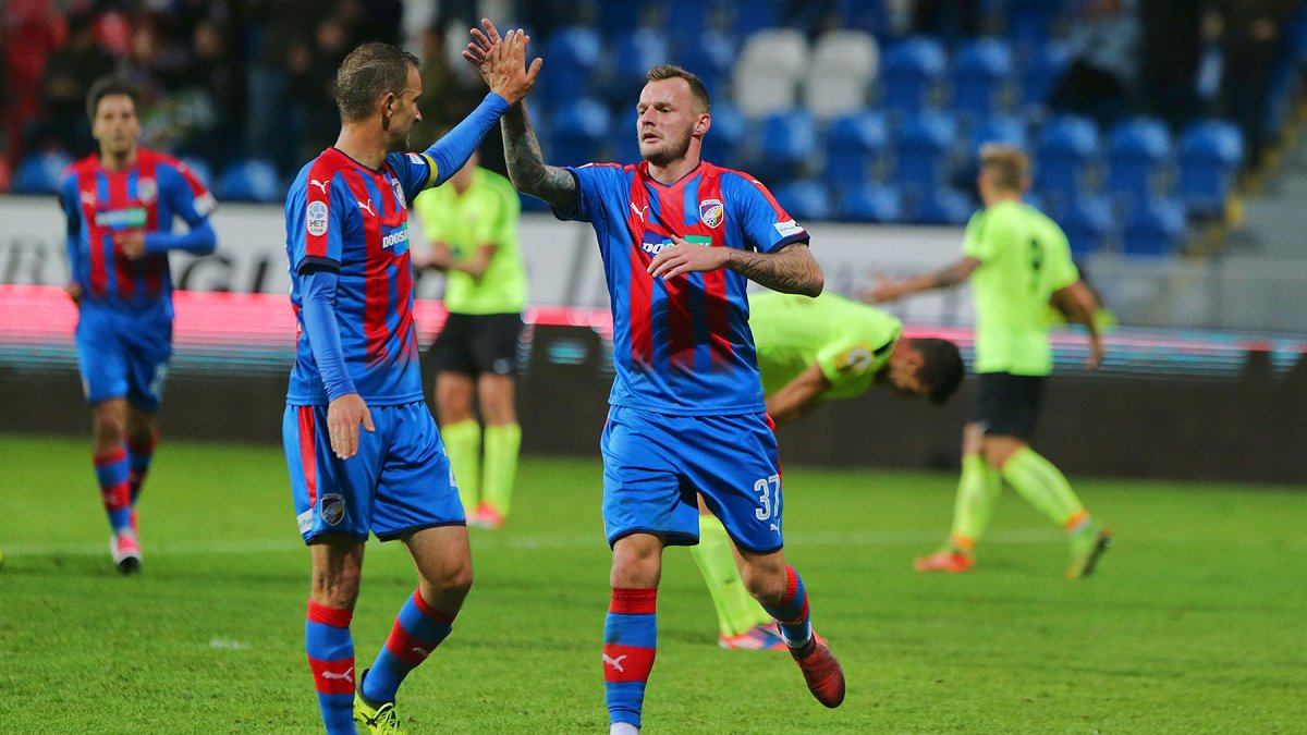 Two goals in every half-time meant Viktoria´s victory in the MOL Cup