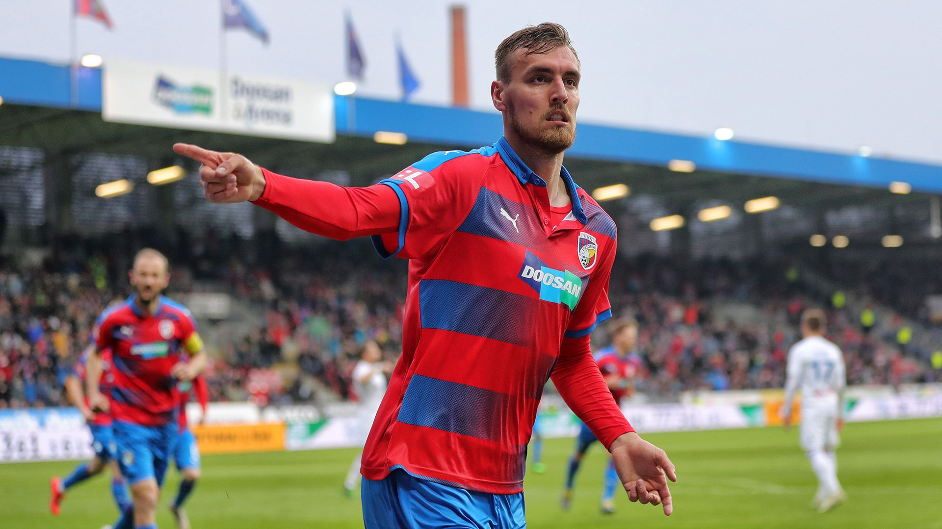 Chorý and Beauguel turn the match with Baník around, Plzeň takes victory