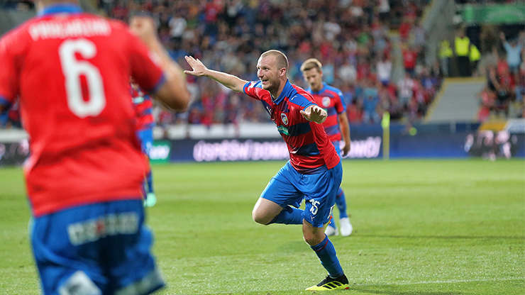 Krmenčík secured Viktoria's second home victory