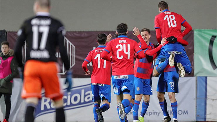 Early two-goals lead determined Viktoria's win over Zlín